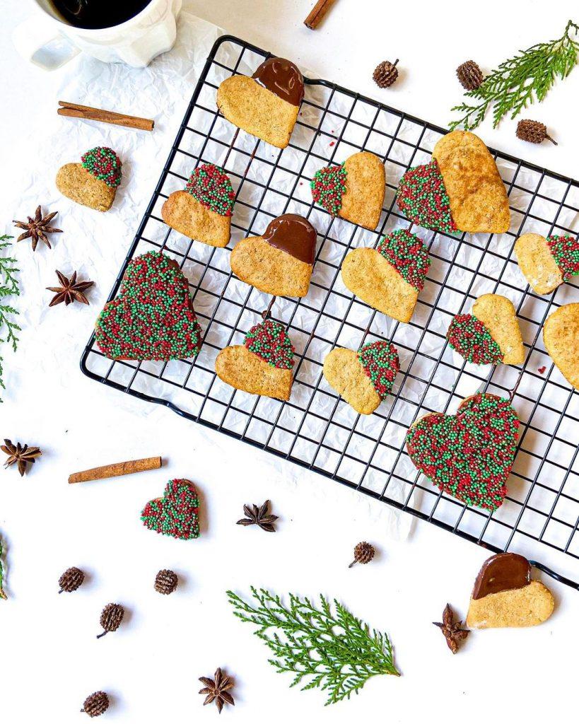 Biscoito de Natal sem Glúten - Paola Muller - Feito com Zaya